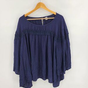 Old Navy Plus Size Lace Navy blouse Long Sleeve